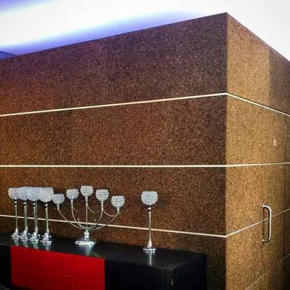 Como decorar paredes e pisos com cortiça 002