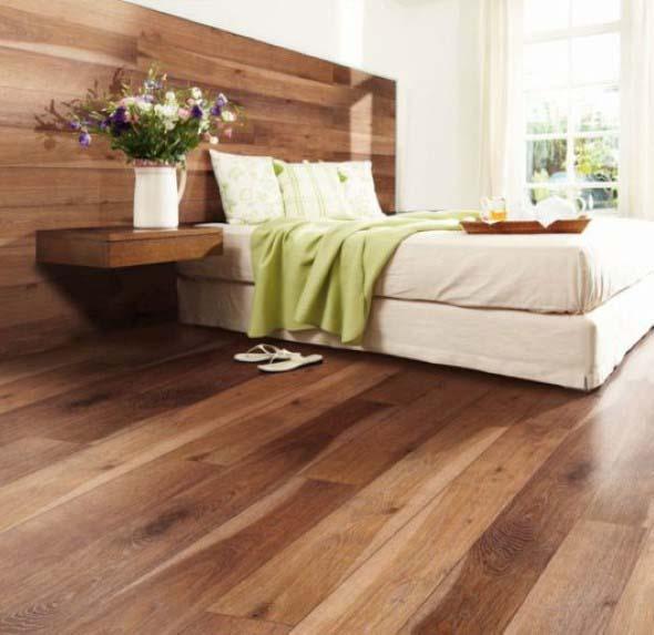 Quarto com piso de madeira 003