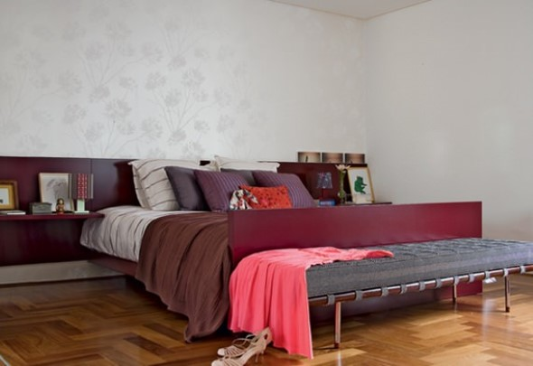 Quarto com piso de madeira 012