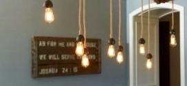 Luminárias e pendentes de galhos secos