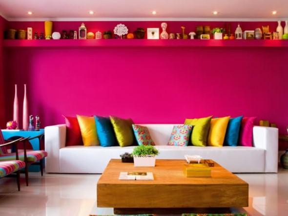 Sala com decoração multicolorida 003