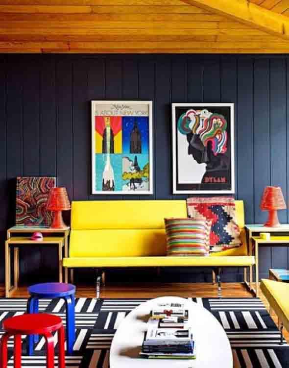 Sala com decoração multicolorida 007
