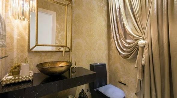 Cortina no banheiro 009