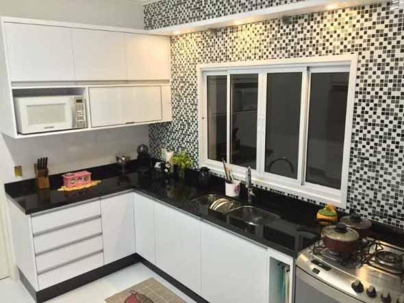 Dicas para decorar cozinhas preto e branco 010