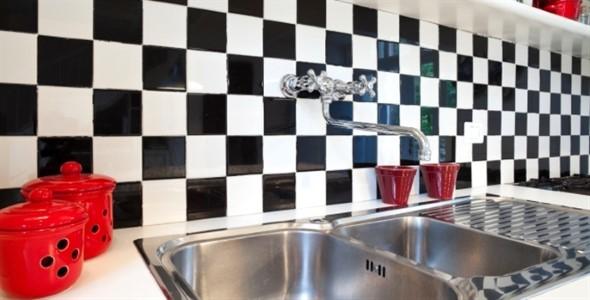 Dicas para decorar cozinhas preto e branco 015