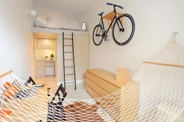 Economize espaço em casa pendurando objetos 004