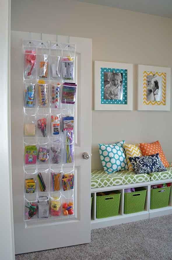 Economize espaço em casa pendurando objetos 016