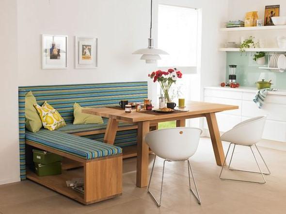 Poltronas e sofás na sala de jantar 005