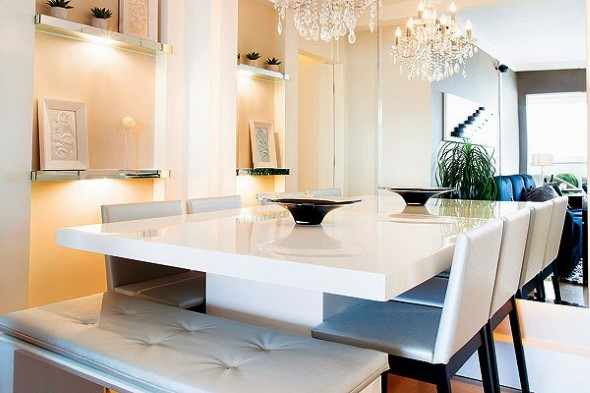 Poltronas e sofás na sala de jantar 015