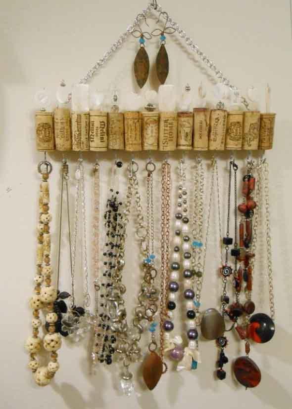 Como organizar joias e bijuterias em casa 009