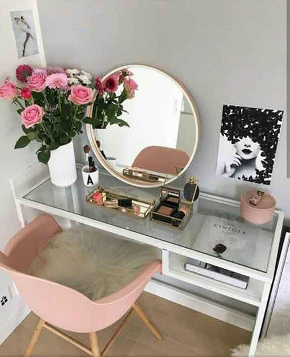 Modelos de espelhos redondos na decoração 012